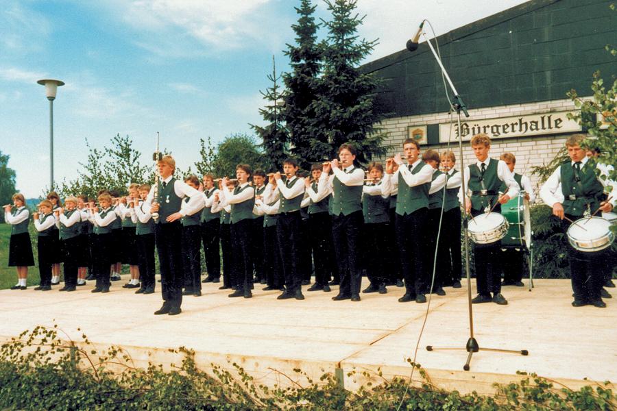 Spielmannszug-Bergheim_1987