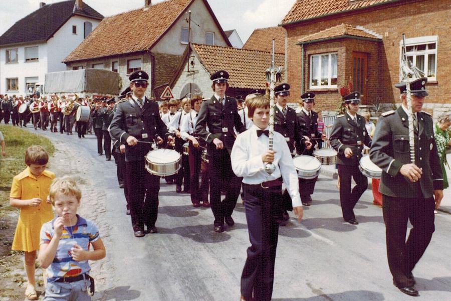 Spielmannszug-Bergheim_schuetzenfest_1976